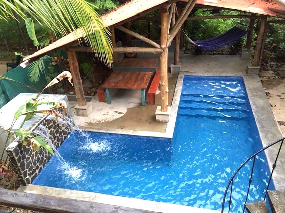 Casa Leonie Paradise Found! - Esterillos Oeste - House