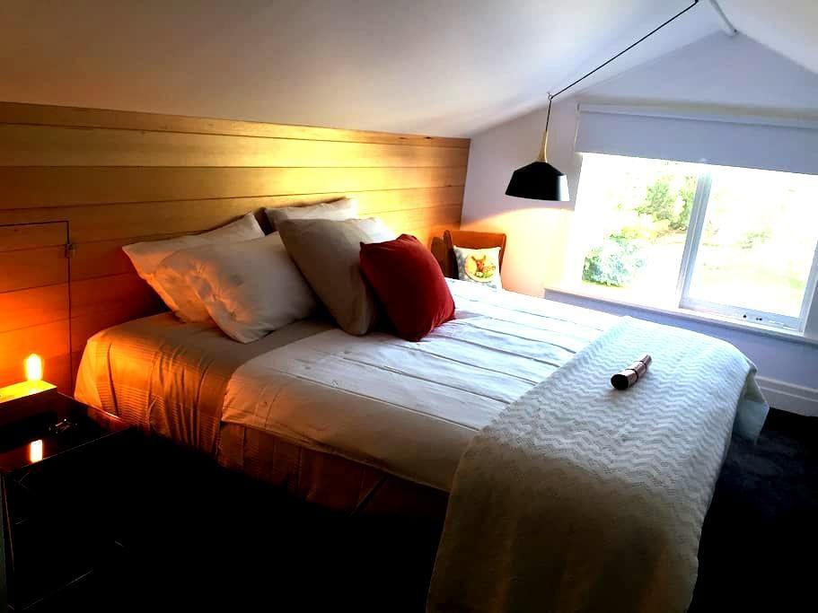 Sunny Side Up B&B The Loft - Rye - Bed & Breakfast