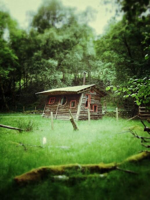 Thar an Altain -Tal's Hut