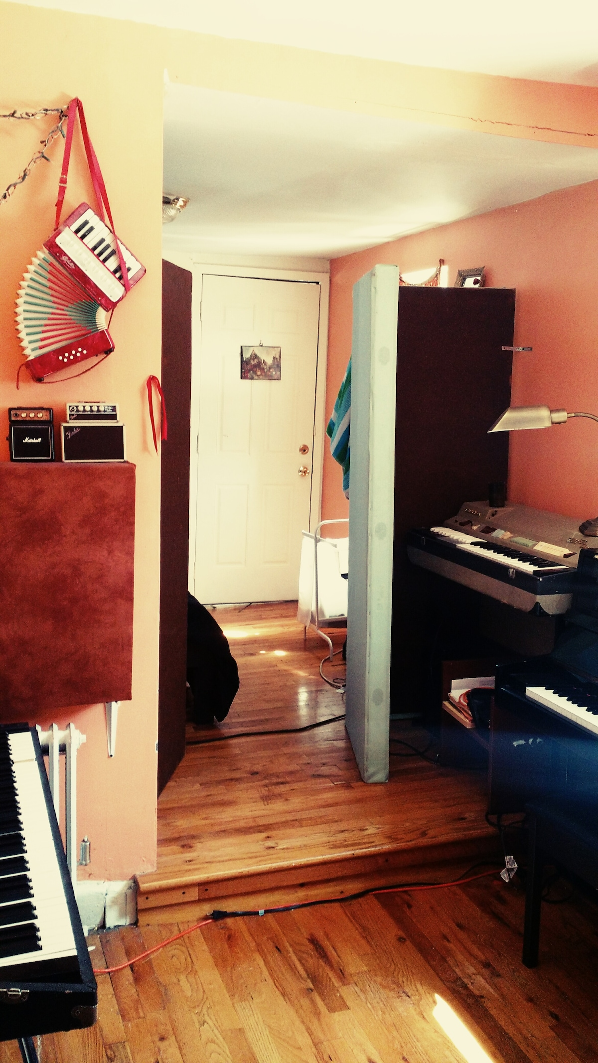 Willyburg Bedroom w/ Upright Piano