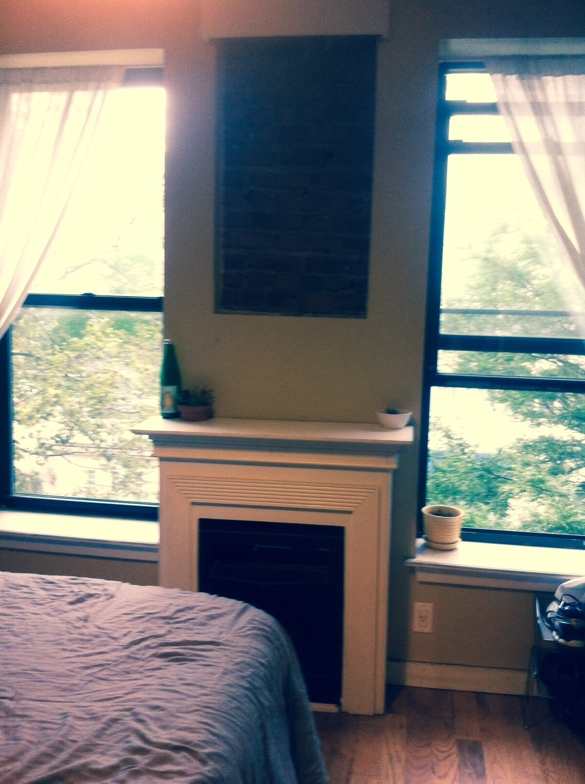 Convenient Cozy Room