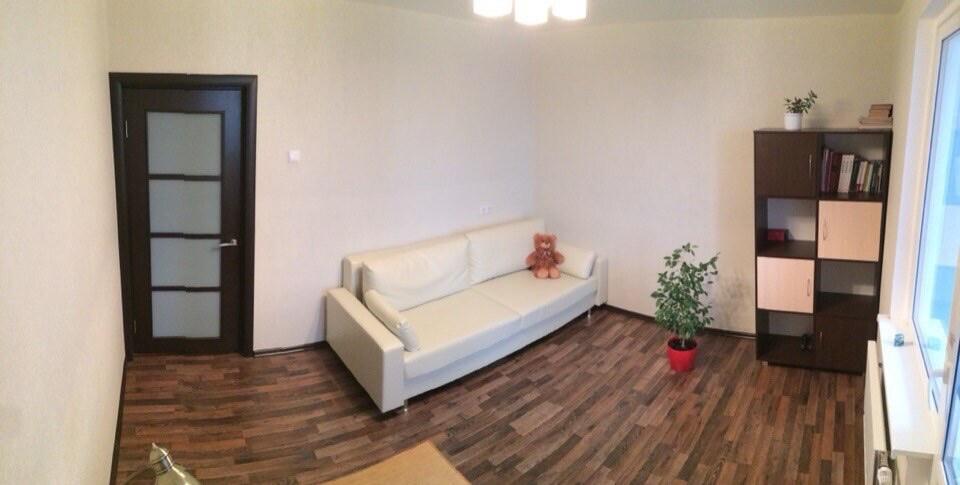 Уютная комната в новой квартире