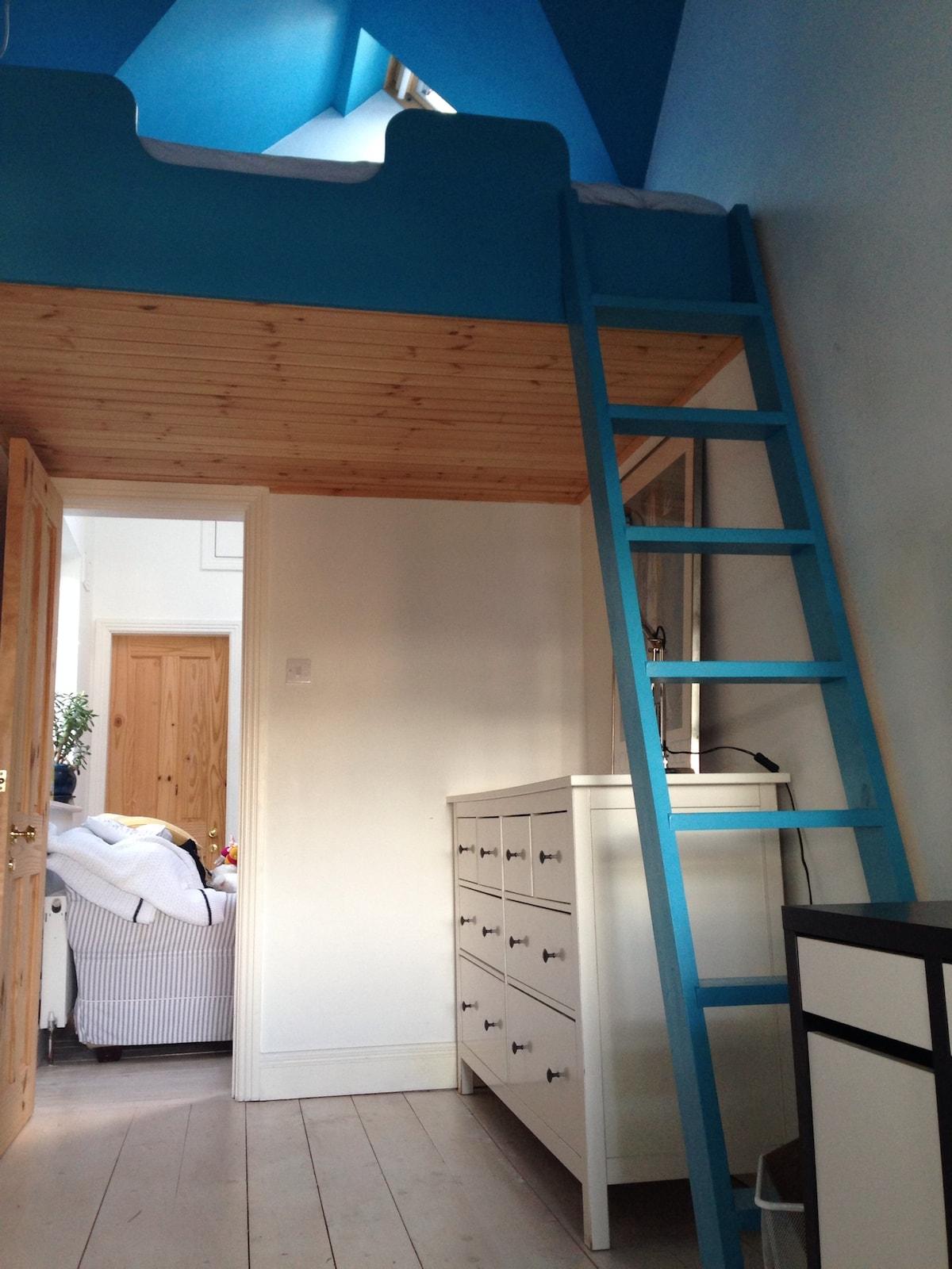 Charming loft near Killiney beach