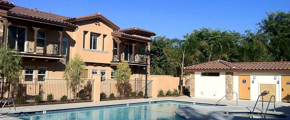 Resort Style Townhome w/Pool & Spa