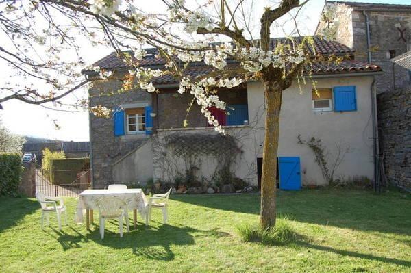 Maison de campagne Larzac templier