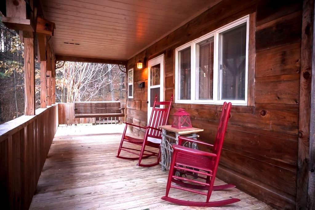 Doe Mountain East Cabin #1 - Mountain City - Kabin