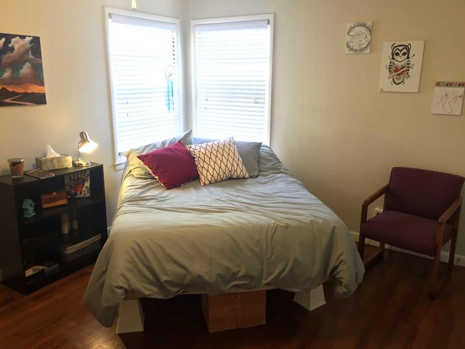 Guest Room & Private Bath near TTU - Pet friendly! - Lubbock