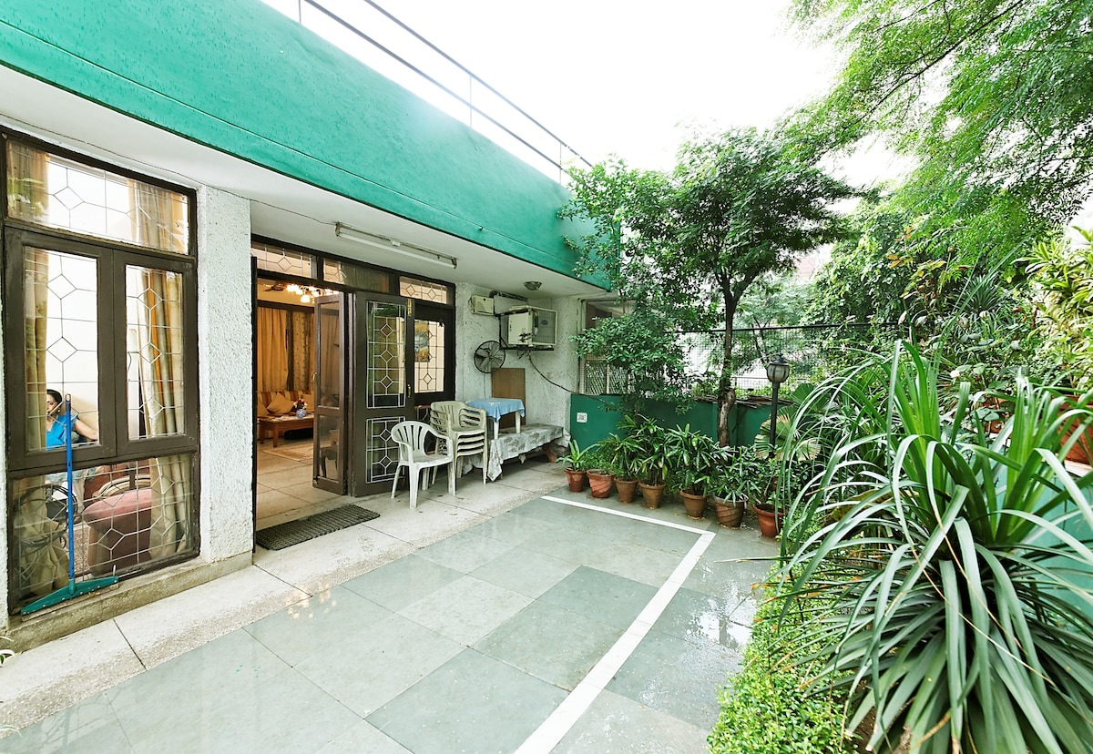 Hospitality at an Indian Home Stay