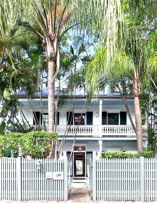 Private Loft in Old Town Key West - Key West