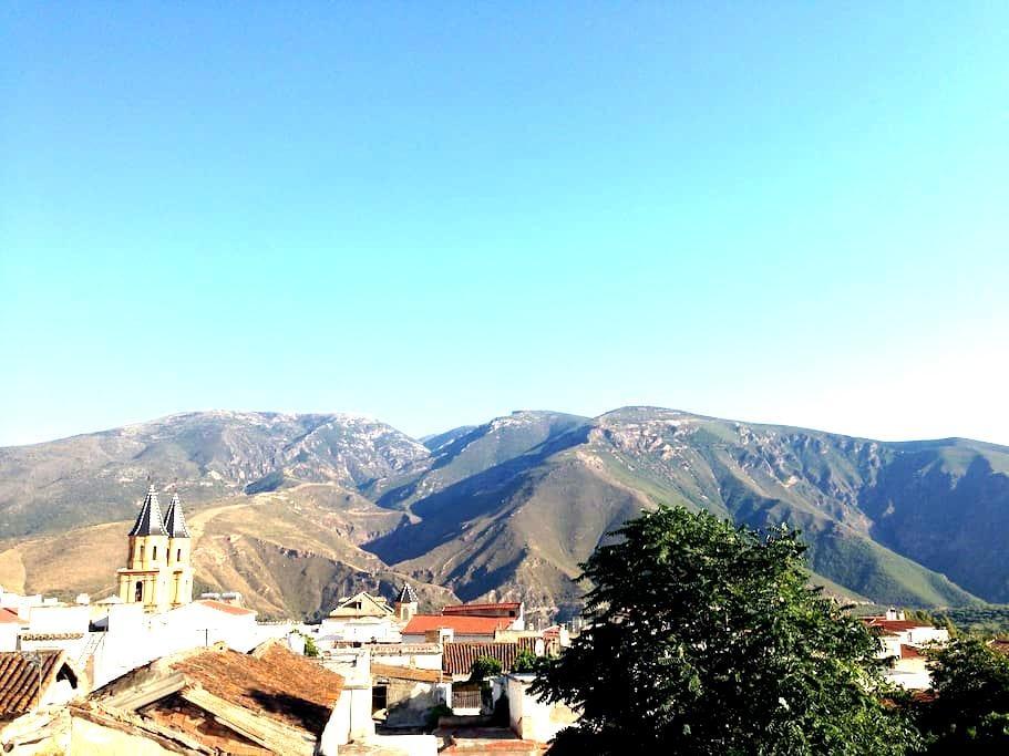 Orgiva Townhouse - Mountain Getaway - Órgiva