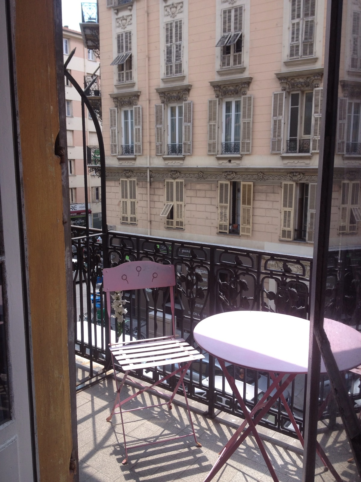 Charming flat in the center of Nice