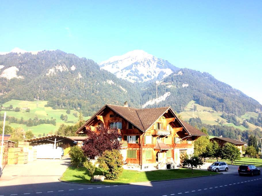 Bijou in the Berner Mountains - Reichenbach im Kandertal