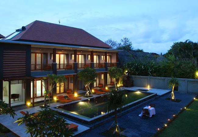 balinise house modern style