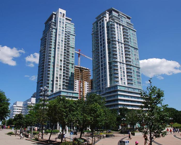 Penthouse Condo! Discover Toronto!