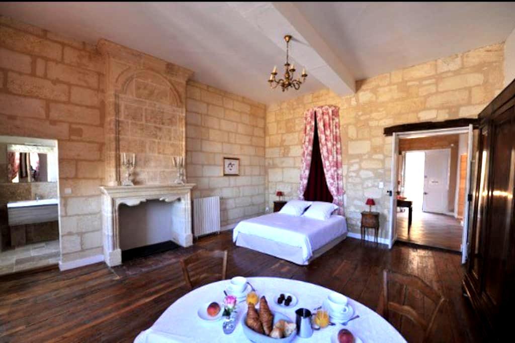 Chambre du ROY - Saint-Émilion - ที่พักพร้อมอาหารเช้า