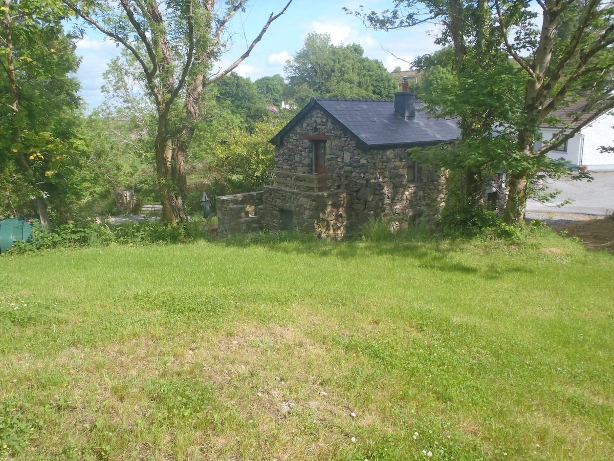 Beautifully restored 2 bedroom barn