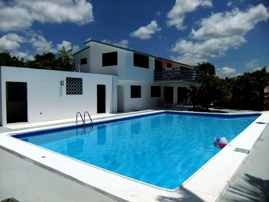 casa/piscina privada para usted/no otros huéspedes - Juan Dolio