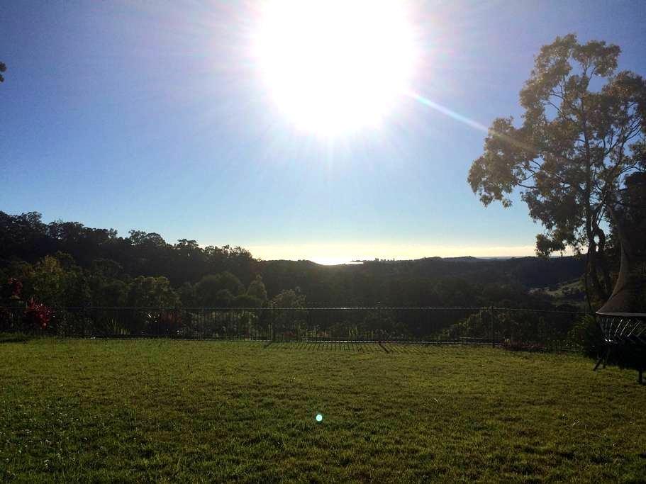 Eco-lodge With Valley Ocean Views - Elanora, Gold Coast - Altres