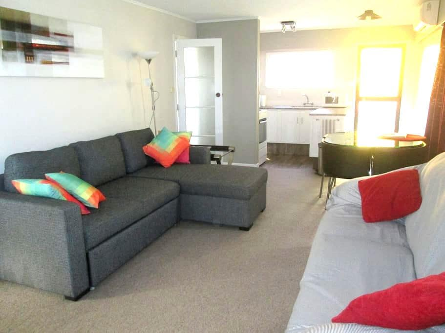 Close to Golf & Tahunanui Beach. - Nelson - Talo