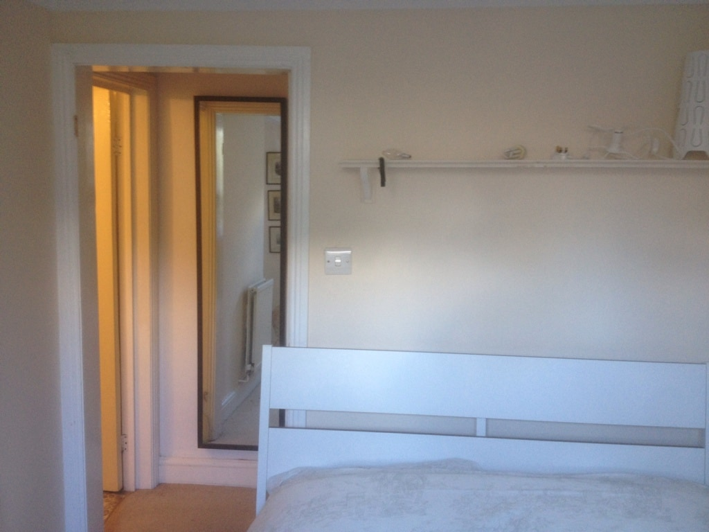 Quiet, double room with ensuite.