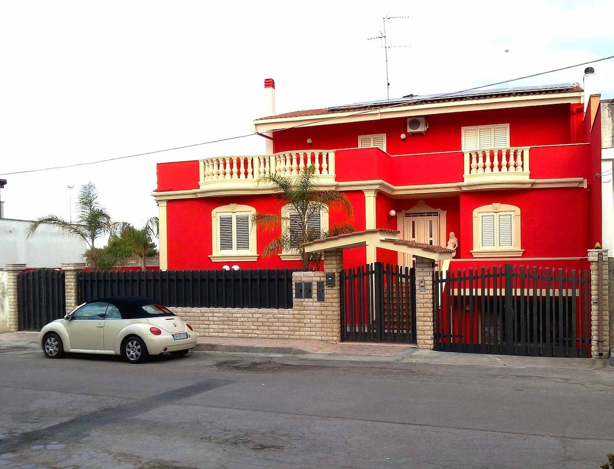 Villa elegante mono/bilo 10' spiagg