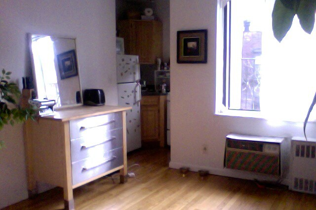 FULL cozy 1 bedroom apt in the UES
