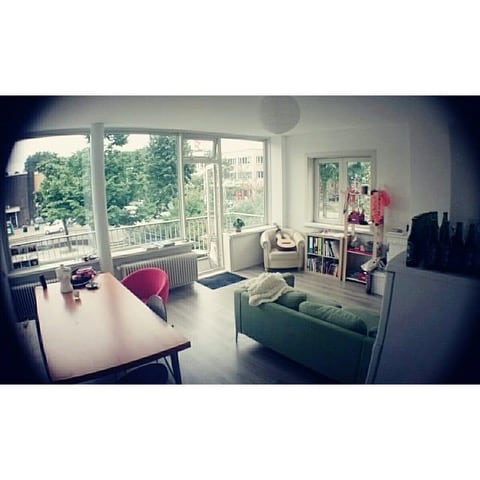 Cheap stay in a specious apartment