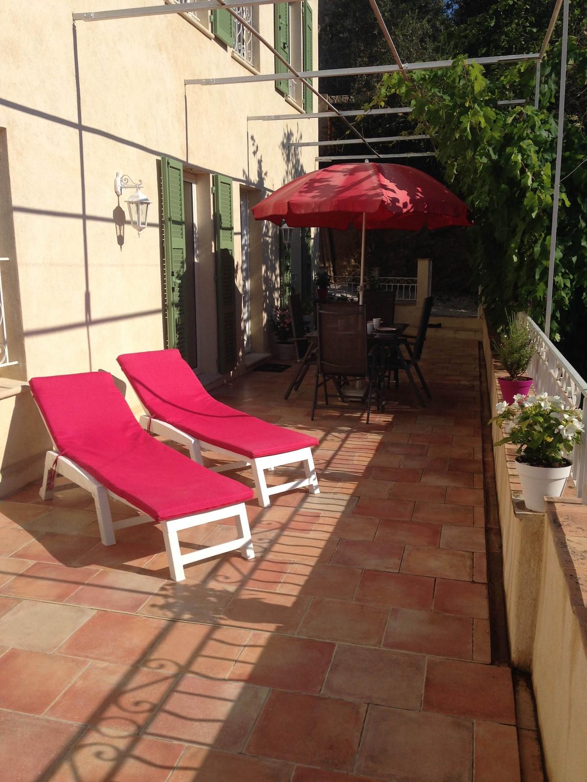 74 m2 dans mas restauré proche Nice