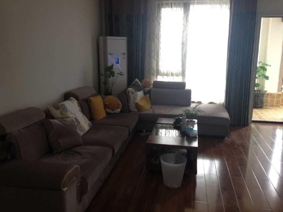 金融城礼顿山1号公寓(优良居住环境的居家住宅)