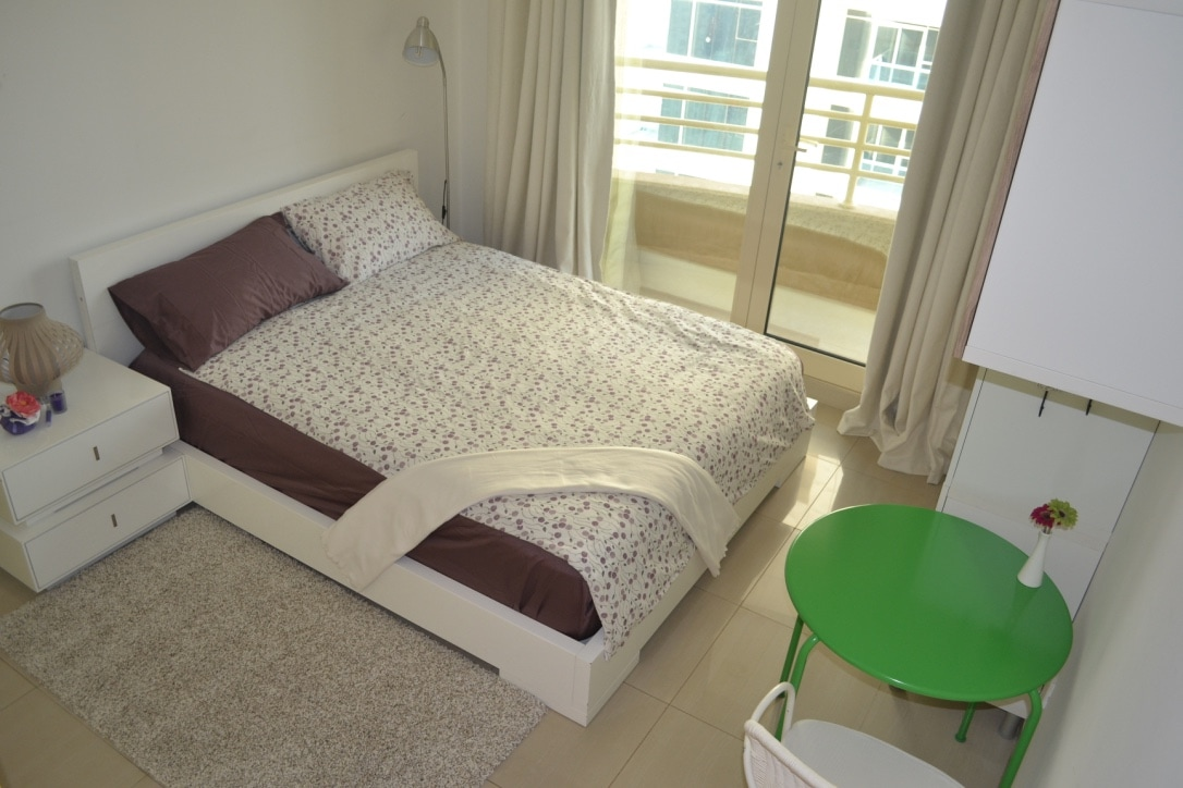 DubaiMarina Private Room for Ladies