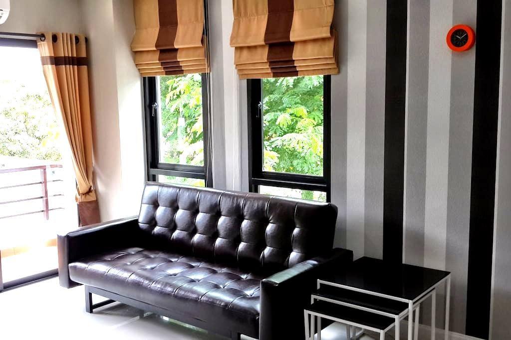 Luxury Condo Corner Unit With Pool - Chiang Mai - Wohnung
