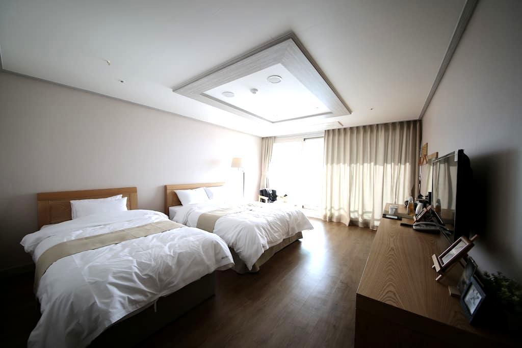호텔아로하 스탠다드룸 - Seongsan-eup, Seogwipo-si