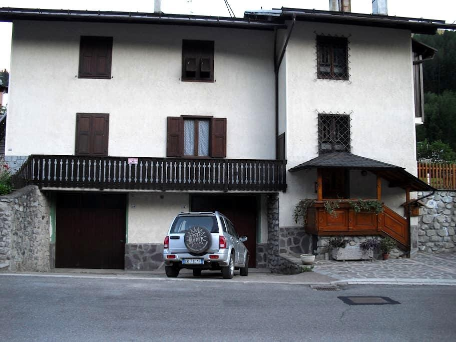 Monolocale a Commezzadura Trentino - Almazzago - Departamento