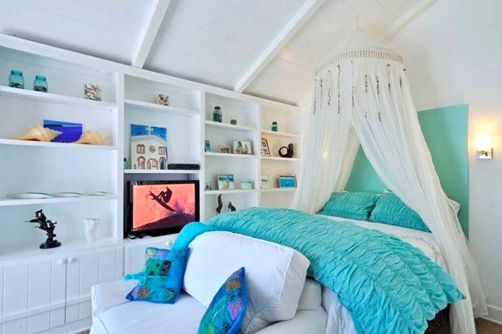 Casita Studio- Butterfly Beach - Montecito - Talo