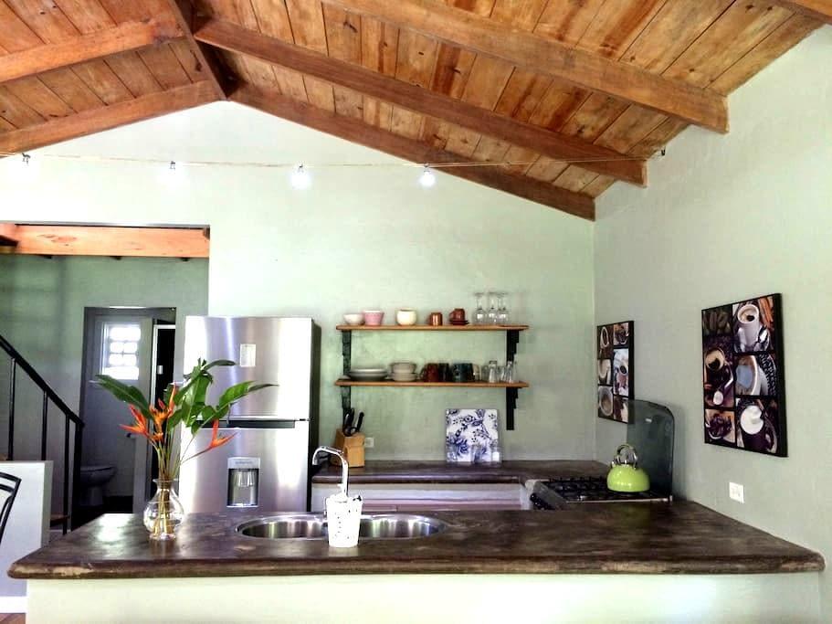 Hacienda La Talamanca - Guest House - PA - House