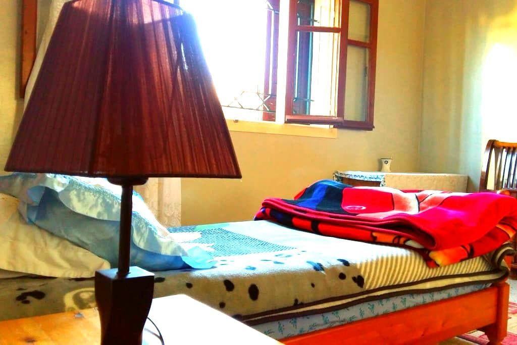 15€ !! The cheapest private room - Rabat