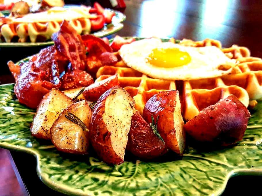 3br farmhouse w/ homemade breakfast - Weathersfield - Oda + Kahvaltı