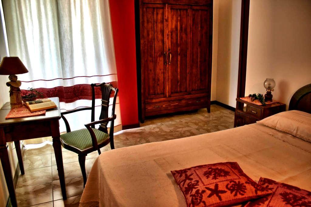 B&B Antico Telaio Camera con bagno - Santa Maria Navarrese - ที่พักพร้อมอาหารเช้า