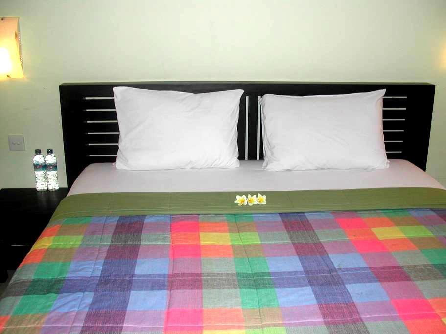 Ketewel budget room 03 gianyar,bali - Kuta - Apartemen