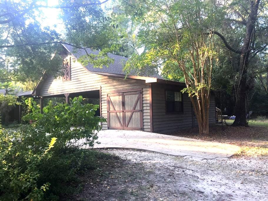 Bluejay Fields Guesthouse - Tallahassee - Appartamento