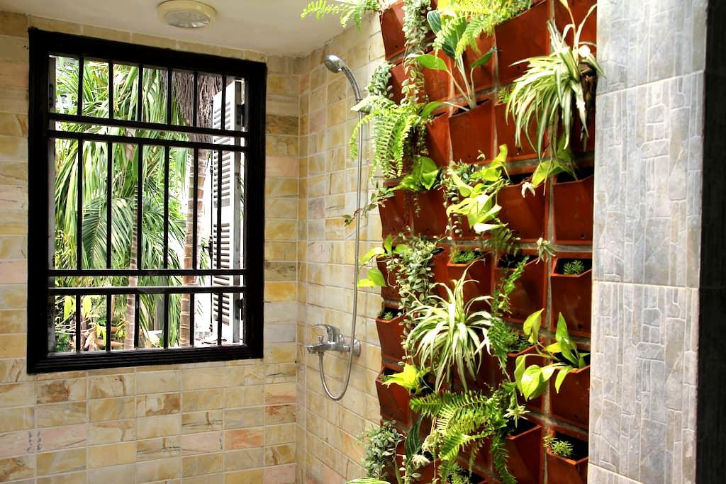 Garden lover's boutique retreat, near Danang beach - Da Nang - Ház