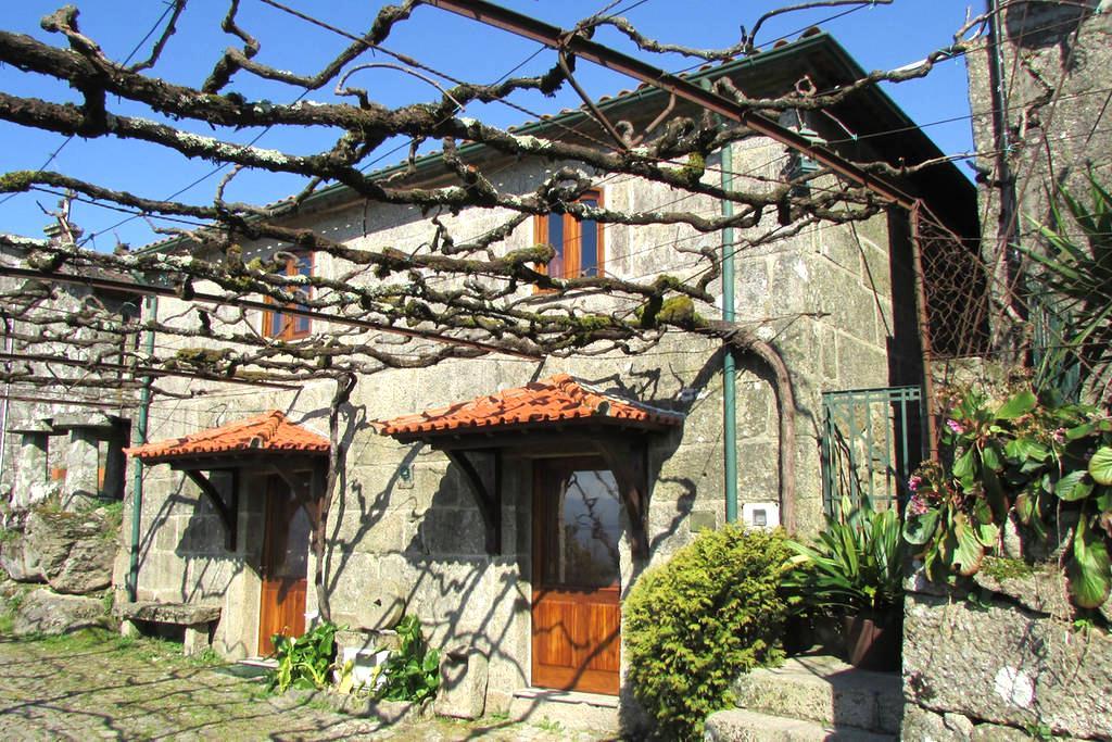 Casa do Pomar - casa para férias e turismo no PNPG - Parada
