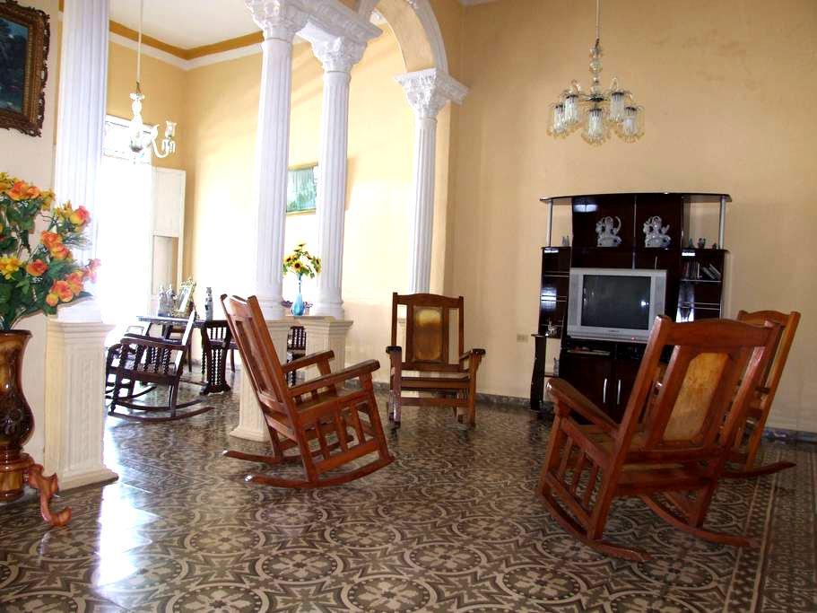 Hostal Colonial Felix 3 - Trinidad - Apartment
