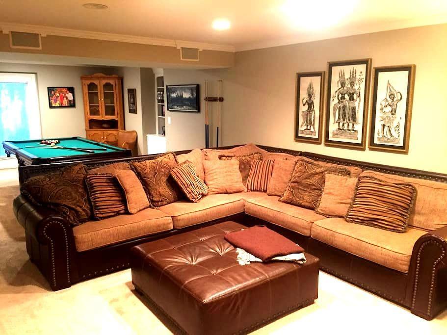 Traveler's Basement Suite - Sterling