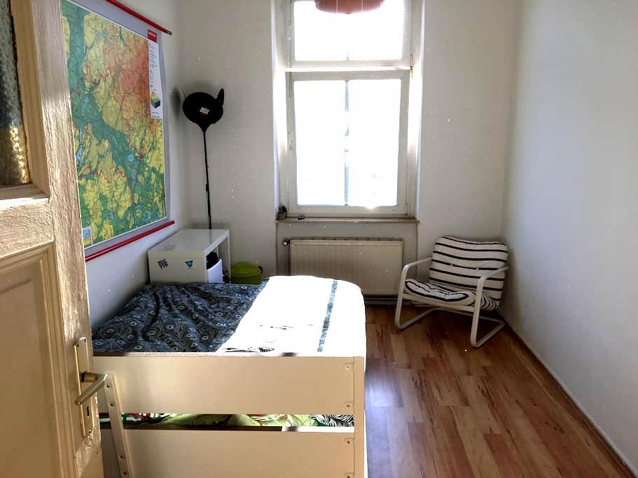 Nice Flat in Pankow near Mauerpark - Berlim - Apartamento