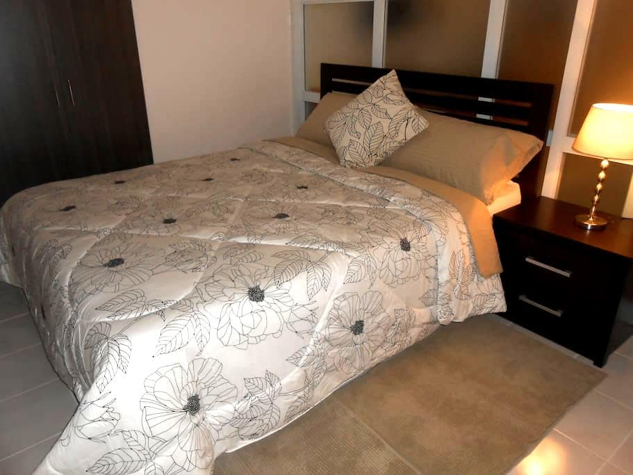 Romantic Studio Perfect for Couples (w/ Parking) - Tagaytay City - Appartement