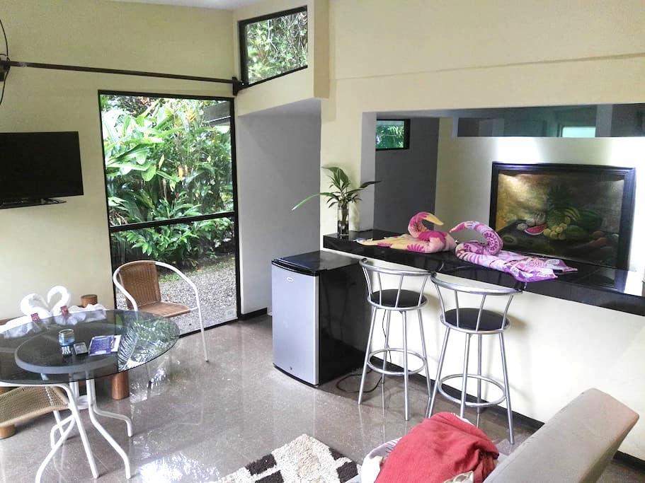 Comfortable Seaside Suite - Sunrise Suite - Savegre - Natuur/eco-lodge