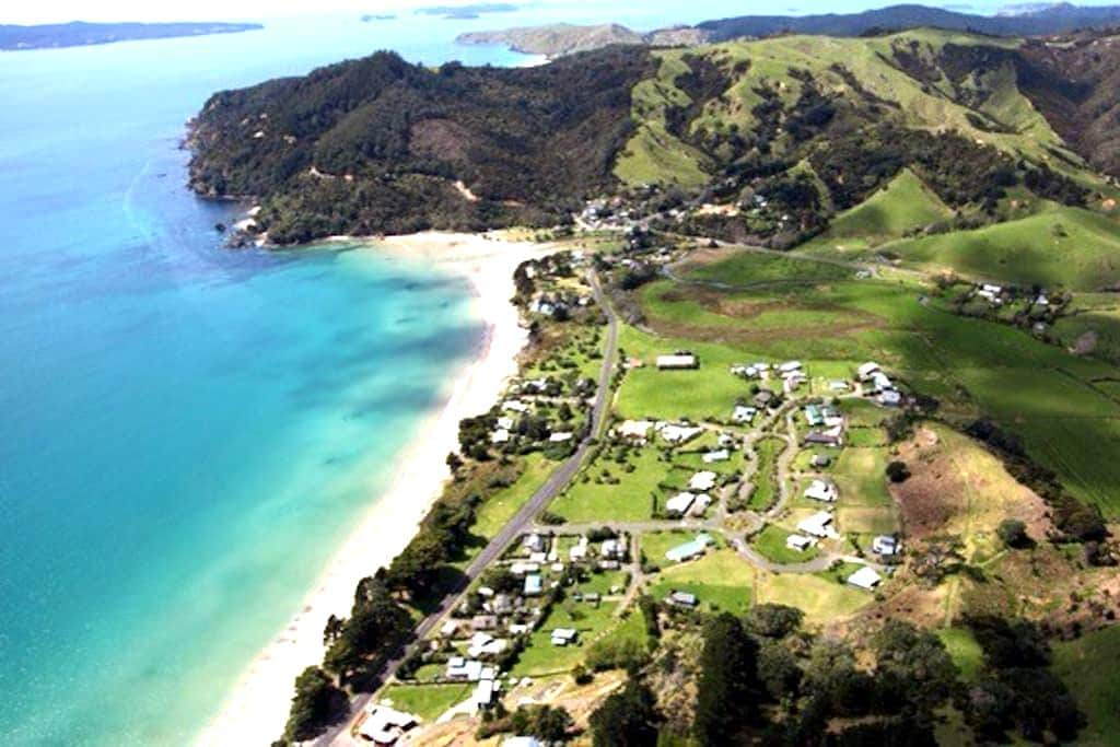 Farm Cabin by the Beach-Kuaotunu-Coromandel - Kuaotunu
