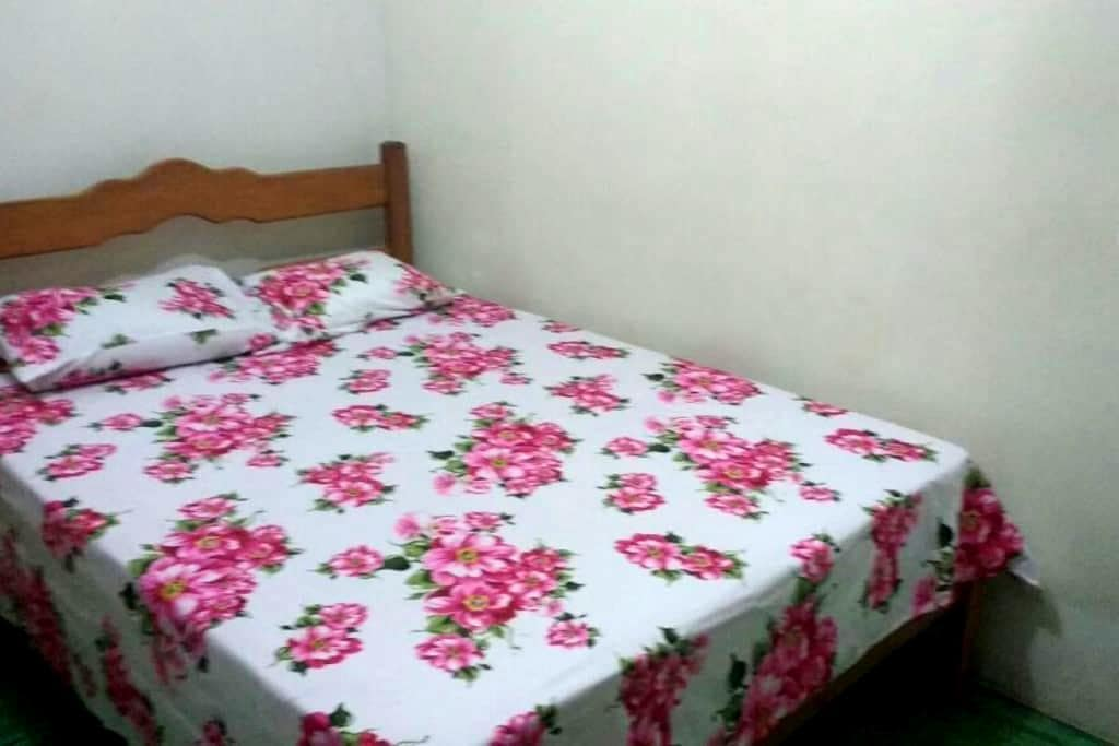 GREAT LOCALIZATION! - ROOM DOWNTOWN CABO FRIO - Cabo Frío - Casa