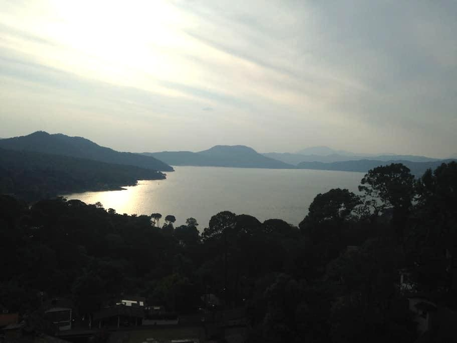 Duplex con la Mejor Vista al Lago - Valle de Bravo